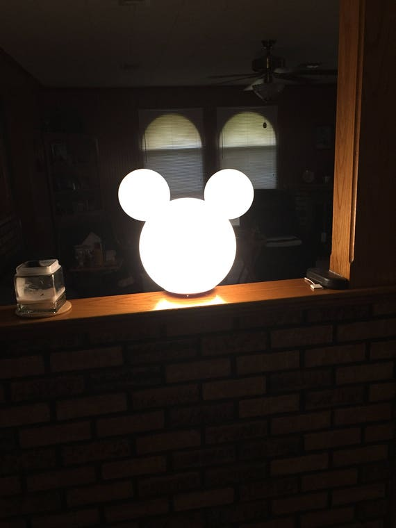 Lovely Mickey Mouse Lamp Post Globe