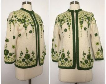 SPLENDID vintage 1950s 50s Hand made loomed Floral 100% Virgin Wool sweater cardigan pinup Rockabilly