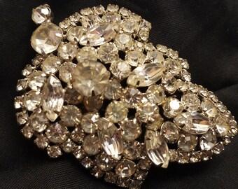 Vintage crystal leaf shaped brooch