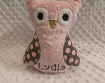 Pink and Gray Polkadot Owl/owl/stuffed owl/stuffed toy/personalized toy/personalized owl toy/personalized baby toy/baby toy/newborn toy