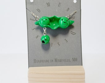Falling Pea's in a Pod Necklace