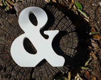 Letter wood ampersand