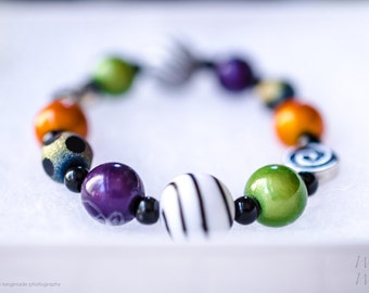 Nightmare Before Christmas Halloween Bracelet with Black, Purple, Orange and Green Beads for Girls Halloween!