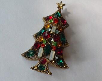Rare 1950s Rhinestone Christmas Tree Pin, Signed Regency
