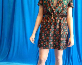 Short dress with floral shirt vintage 70s
