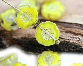 12mm Lemon Yellow Pansy Flower bead, Light Picasso finish Daisy czech glass flat bead - 6Pc - 0283