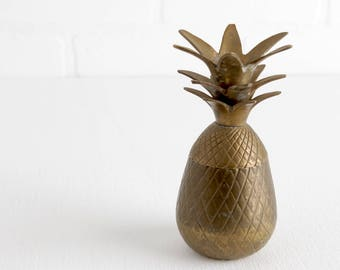 Vintage Small Brass Pineapple Trinket Box with Lid, Tropical Hollywood Regency Welcome