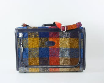 Vintage Skyway Plaid Travel Suitcase 1970s Retro Travel Carry On Case