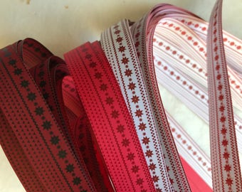 Red Fare Aisle Small Print ~Moravian German Froebel Star Paper (52 strips)