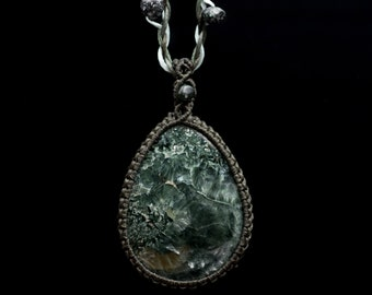 Seraphinite macrame necklace, Klinoclore pendant, Seraphinite jewelry, Rare stone, Green teardrop pendant