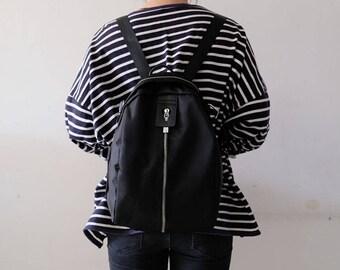 Original design elegant black color light weight women's backpack