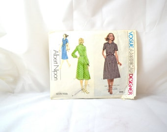 1970s Vintage Vogue Pattern 1658 Misses Dress Albert Nipon Design size 12 bust 34