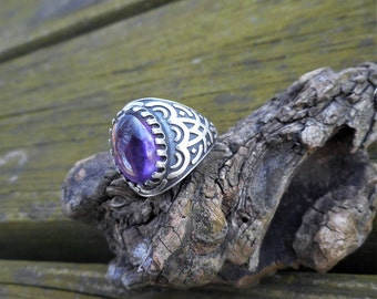 Amethyst ring, purple amethyst ring, purple rings, size 8 ring, amethyst rings, tribal ring, oxidized ring, purple amethyst rings, gift idea