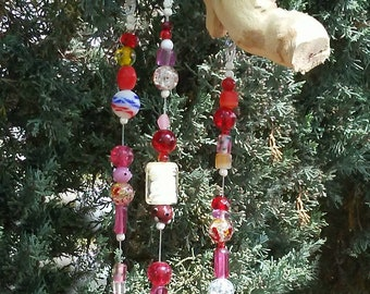 Red Glass Bead Wind Chime - Driftwood SunCatcher - Boho Window Decor - Hanging Garden Art - Bell WindChime - Beaded Sun Catcher Mobile