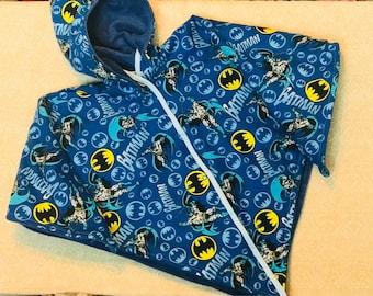 Car Seat Poncho 4 Kozy Kids (TM)-double sided, reversible, optional detachable hood & inside batting, safe, warm-blue and black bat man