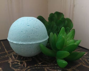Surprise Crystal Bath Bomb