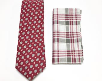 "The ""Stars Reaction"" Tie and Square Pack"