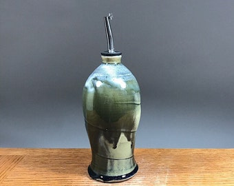 2o ounce Olive Oil Bottle , Handmade Stoneware Olive Oil Bottle , Vinegar Pouring Bottle , Olive Oil Cruet , Pouring Bottle