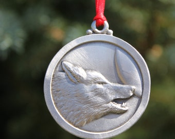 Hastings pewter Lead Free Pewter Wolf Ornament decoration Howl at the Moon  wolf howling  gift  Made in Michigan  United States