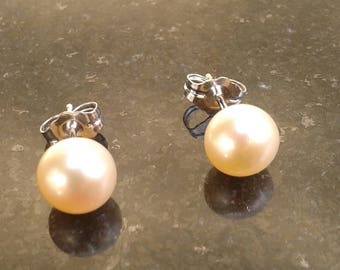 Classic 5mm Peach Natural Cultured Pearl Earrings