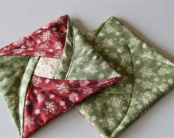 Insulated Christmas Quilted Potholders