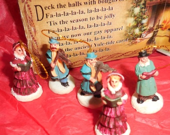 Mini Xmas Carolers  Resin Carolers I 1/4 inch Carolers Dollhouse Miniatures  Deck The Halls