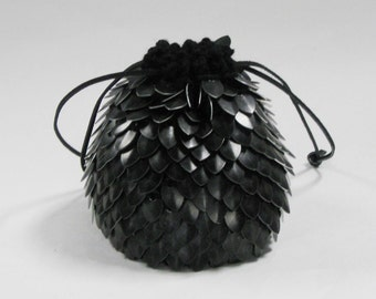 Scalemail Dice Bag of Holding in Knitted Dragonhide Armor Darkest Knight