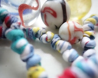 Marble TeePearls fabric necklace