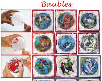 Christmas tree baubles, handmade baubles, Christmas tree decorations, hand-painted, glass baubles, Australian souvenir, ornaments