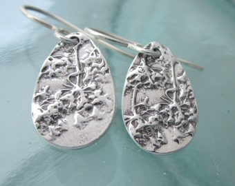 Natural Queen Anne's Lace Earrings in Silver