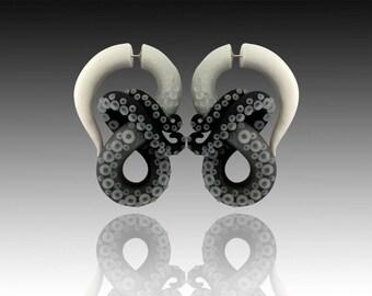 Fake Gauge Black and White Ombré Kraken Octopus Tentacle Earrings  - Octopus Gauges - Fake Gauges