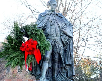 LORD BOTETOURT STATUE, Christmas, William and Mary College, Campus,  Colonial Williamsburg, Virginia, Photograph, Notecard,  Art
