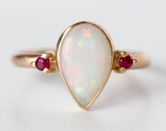 Opal Ring in 14k Yellow Gold - Ruby and Opal Ring - Pear Cut Opal Ring - Flashy Ring - Festive Ring - Christmas Gift