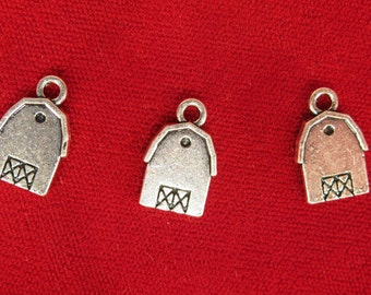 """10pc """"barn house"""" charms in silver style (BC975)"""
