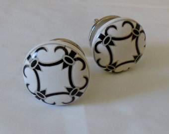 Decorative Ceramic Knob, White Knob with Black and Gray Lattice Print