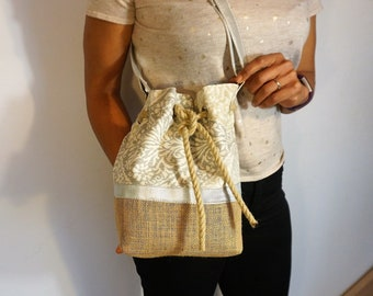 doubled bucket bag, delighting, made in noble materials:burlap, cotton, adjustable shoulder strap, trendy