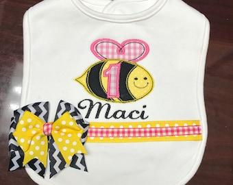 Birthday Bee Bib, Personalized bee Bib, Embroidered bee Birthday Bib, Embroidered bee Bib, Birthday Bug Bib, Bumble Bee Bib