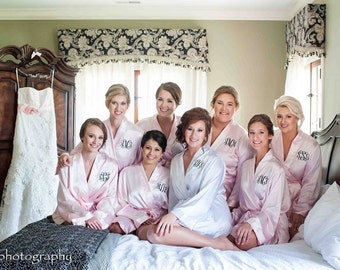 PERSONALIZED ROBES - Bridal Party Robe - Blush Satin Robes - Silk Robe - Wedding Robes - Bridal Robes - Bridesmaids Robe - Dressing Gown