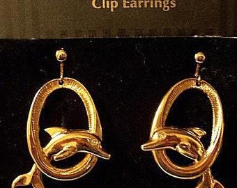 Avon Dolphin Fish Clip On Earrings Gold Tone Jumping Hoop Vintage Avon Large Ring Rhinestone Eye Stud Bead Dangles