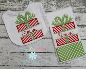 Baby Gift Set - Burp Cloth and Bib - Christmas - Personalized