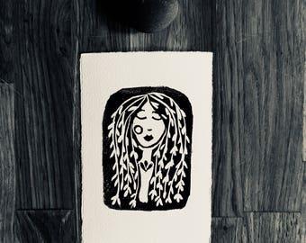 linoprint, blockprint, artprint, linocut print, 3.3 x 5.2 inch, handprinted, handpulled, handcarved, illustration, adventure , female