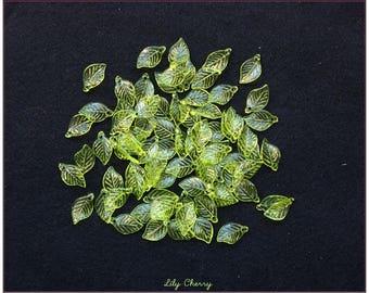 Charms 18mm x 11mm x 10 set green acrylic leaves