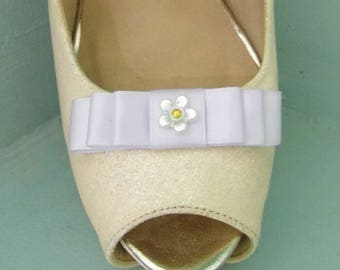 Handmade Small White Bow Shoe Clips with Little Flower Centre