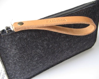 Minimalist Wool felt leather clutch - iPhone Travel wallet. Durable-Handmade in Switzerland.Charcoal grey -