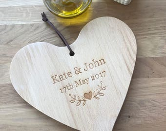 Personalised Heart Wooden Chopping Board, Wedding gift, Anniversary Gift, Custom Chopping board, Housewarming Gift, Gift for Couple