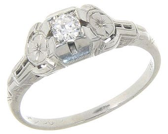Beautiful Vintage 18K 18 Karat White Gold Diamond Engagement Solitaire RIng