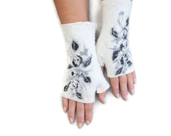 Felted Fingerless Gloves Fingerless Mittens Arm warmers Wristlets Merino Wool Gray White Black Floral