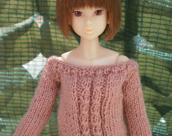 sweater for Momoko, but available for any kind of dolls (blythe, barbie, fashion royalty, pullip, bjd...)