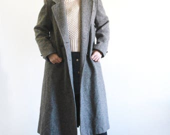 Vintage Wool Tweed Coat / Structured Coat / Double Breasted Coat/ Grey Tweed / Union made in the USA S M
