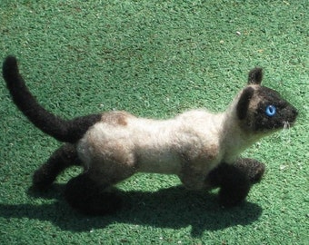 Needle Felted Cat / Siamese by Fiber Artist GERRY  Poseable